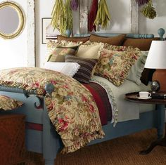 ralph lauren bedding on two twins, blue painted bed frames? King Comforter Sets, Bedding Sets, Painted Bed Frames, Cozy Bedroom, Bedroom Decor, Boho Home, Beautiful Bedrooms, Luxury Bedding, Interior Design