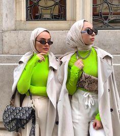 Street Hijab Fashion, Muslim Fashion, Modest Fashion, Islamic Fashion, Neon Outfits, Fashion Outfits, Fashion 101, Modest Outfits, Fashion Wear