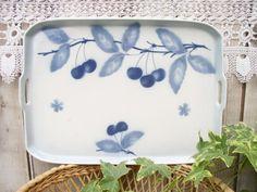 plateau cerises bleues ....