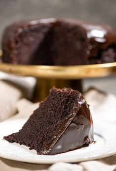 With chocolate ♥Matina Cake Recipes, Dessert Recipes, Desserts, Greek Sweets, Sweet And Salty, Greek Recipes, Cakes And More, Chocolate Cake, Cupcake Cakes