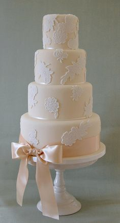 Lovely Lace by Sweet Tiers Cakes (Hester), via Flickr