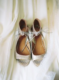 silver wedding shoes - photo by Untamed Heart Photography http://ruffledblog.com/pink-watercolor-country-club-wedding