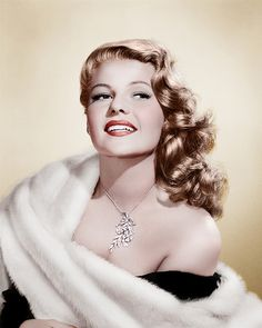 Rita Hayworth's diamond necklace #RitaHayworth #diamonds