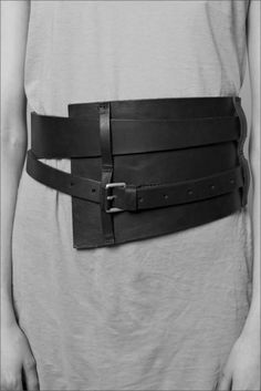 Sorry.  This is not style.  This belt looks like a truss after hernia surgery.