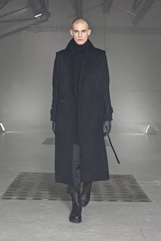 Nicolas Andreas Taralis Fall 2014 Ready-to-Wear Fashion Show