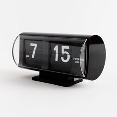 Slow the go and watch time move with this elegant mid-century modern analog flip clock. Crafted by one of the original flip clock pioneers of the this time piece runs with precise German Quartz movement and adds minimalist beauty to any room. Minimalist Beauty, Plastic Molds, Flip Clock, Mid-century Modern, Modern Wall, Flipping, Clear Acrylic, Retro, Quartz