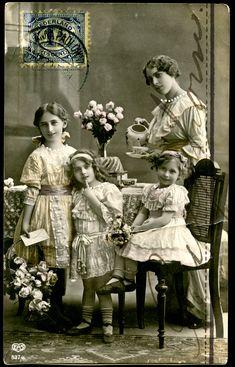 Mother & daughters ~ michaelbricteuxphotography.blogspot.com