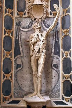 """Transi de René de Chalon,"" Ligier Richier, 1547 in Bar-le-Duc, France"
