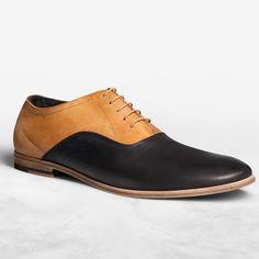 Jonas Black/Cognac Oxford Shoes Must convince George to wear these! New Shoes, Men's Shoes, Shoe Boots, Dress Shoes, Dress Pants, Hermes, Baskets, Groom Shoes, Mens Fashion Shoes