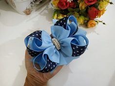 Fast And Easy Projects - How to Make Hair Clips? Diy Hair Bows, Making Hair Bows, Ribbon Hair Bows, Diy Bow, Diy Lace Ribbon Flowers, Lace Bows, Fabric Flowers, Hair Bow Tutorial, Boutique Bows
