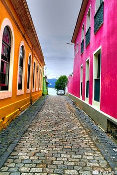 south america!! brazil is my next destination!! look at those bright colors!! <3