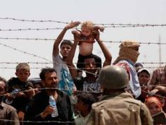 Hundreds of thousands of Syrian refugees have been crossing into Turkey and attempting to make their way to Europe