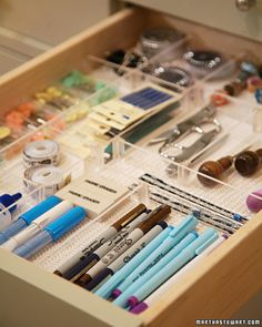 Cut to size, clear acrylic drawer dividers. Custom organization. Pic from marthastewart.com, but can buy on lifestylesystems.com
