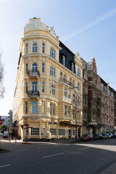 Hamburg - Eklektisches Eckhaus