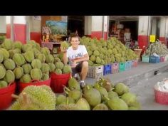 Andrew Perlot - Living On Fruit http://budurl.com/RawFoodHealth