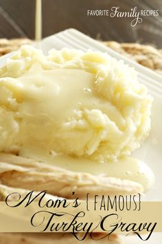 Mom's Famous Turkey Gravy (with easy Butter Herb Turkey) - Favorite Family Recipes Best Thanksgiving Recipes, Fall Recipes, Holiday Recipes, Happy Thanksgiving, Holiday Meals, Christmas Recipes, Herbed Butter For Turkey, Homemade Turkey Gravy, Gravy For Turkey