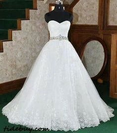Its more than I plan on having...but man this dress is gorgeous!