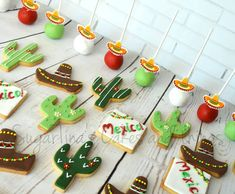 #vivamexico🇲🇽 #mexico #candybar #tabledecoration #vaptismtheme #cookies #cakepops #cactus #sobrero #sugarpaste #sugartina… Cactus, Sugar Paste, Candy, Cookies, Table Decorations, Instagram, Desserts, Food, Viva Mexico