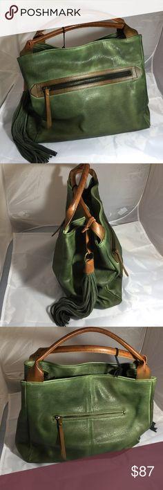 Stunning all leather hunter green handbag Stunning all leather green handbag 14x12x5 Bags Satchels