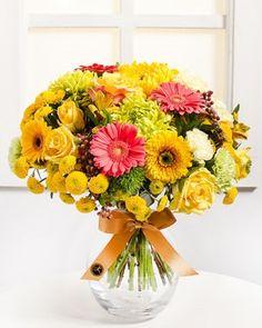 Fleurop.hu. Boldog anyuka Floral Wreath, Wreaths, Home Decor, Floral Crown, Decoration Home, Door Wreaths, Room Decor, Deco Mesh Wreaths, Home Interior Design
