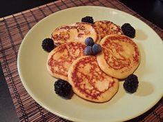 Csintalan pala Waffles, Pancakes, Paleo Sweets, French Toast, Breakfast, Food, Drink, Places, Per Diem