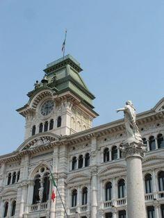 Trieste-Palazzo del Comune-DSCF1427 - Frioul-Vénétie julienne — Wikipédia