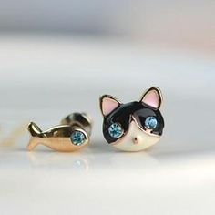 Kat and Fish Earring