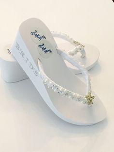Wedding Flip Flops. Bridal Flip Flops.Wedding Shoes.Bridal Shoes.Rhinestone  Bridal Shoes.Beach Wedding.Bridal Sandals. Bridesmaid Shoes 2109c48b8c1c