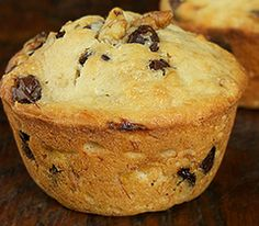 Cuochi per caso...o per forza!!: Muffins alla banana con gocce di cioccolato