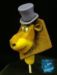 Alex the Lion Cake Topper From Madagascar by KrazyKoolCakeDesigns