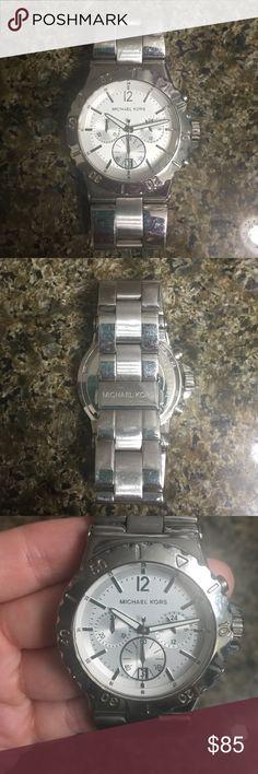 Michael kors watch Gently worn Michael kors watch Michael Kors Accessories Watches