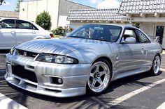 自動車画像・自動車写真 Nissan Skyline R33, Skyline Gtr, R33 Gtr, Modified Cars, Car Stuff, Automobile, Autos, Car, Motor Car