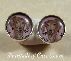 Cute smooth dachshund earrings.  Great for any doxie mom.