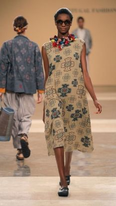 TM COLLECTION : COLLECTIONS : SECONDSKIN : CATWALK Fashion Fabric, Boho Fashion, Vintage Fashion, Fashion Outfits, Fashion Design, Colourful Outfits, Cool Outfits, Casual Outfits, 2014 Fashion Trends