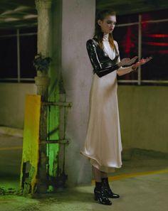 """Seul dans la ville"" Molly Bair photographed by Jeff Bark for Numéro September 2016 Stylist: Irina Marie Hair: Diego Da Silva Makeup: Erin Parsons #inspiration #blog #blogger #tumblr #fashion #style #models #photography #vogue http://www.midnight-charm.com/"