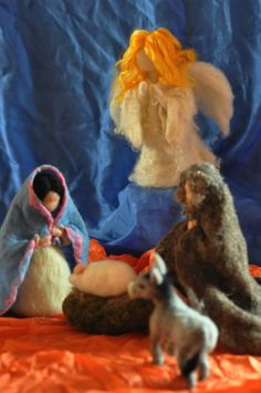 Needle felted Nativity Set / Nativity-Waldorf / 3 pieces-/Holy Land-mother and…