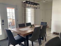 TABLE ORLÉANS - MERISIER - AMBRÉE - 72'' X 40'' - 3'' ÉPAIS - CHAISES SINATRA TISSU C-293 ET CUIR VEGAN CU009-5 #lusine #table #orleans #merisier #ambree #sinatra #chaise #tissu #c293 #cu0095 #patteu Orleans, Conference Room, Tables, Vegan, Furniture, Home Decor, Leather, Chairs, Mesas