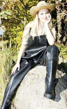 Thigh High Boots Flat, Pvc Hose, Garden Boots, Wellies Rain Boots, Rain Gear, Latex Girls, Leather Jeans, Wellington Boot, Sexy Latex