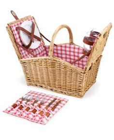 Piccadilly Picnic Basket//I've wanted one of these ever since I moved to England.