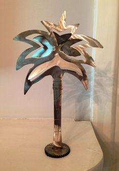 Small Metal Palmetto Tree | Artist: Bob Doster | Price: $90