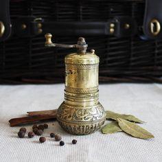 Antique brass pepper grinder hand spice mill herb salt grinder Ottoman Turkish Arabic vintage home table decor rustic boho farmhouse kitchen by VERAsPalm on Etsy https://www.etsy.com/uk/listing/580780716/antique-brass-pepper-grinder-hand-spice