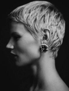 Saskia de Brauw (1981) - Dutch artist and model. Photo by Paolo Roversi for Vogue Italia 2015