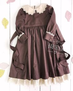 Frocks For Girls, Kids Outfits Girls, Little Girl Dresses, Girl Outfits, Girls Dresses, Baby Dress Design, Frock Design, Little Girl Fashion, Kids Fashion