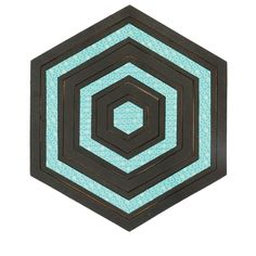 "Bullseye Hexagons-1""-7"" Finished Sides for Studio - Die board shown with finished cut fabric. - love this die"