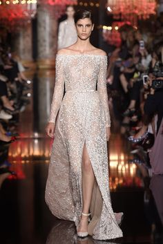 Elie Saab. Best of Fall 2014 Couture Bridal | RILEY AND GREY BLOG: http://blog.rileygrey.com/?p=923.
