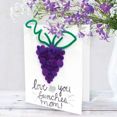 Make mom a card to show her you love her bunches!