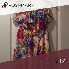 """Chiffon dress strapless Floral print chiffon dress maxi, length is good for 5""""2 to 5""""5, slit under dress soft pink, goes to knees Dresses Maxi"""