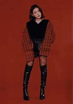 Stage Outfits, Kpop Outfits, Pop Fashion, Fashion Outfits, Unisex Fashion, Loona Kim Lip, Red Velvet Irene, Velvet Fashion, Red Aesthetic