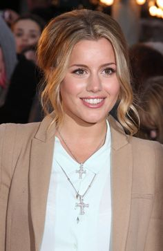 the lovely Caggie Dunlop