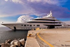 Can you guess what superyacht has been spotted in Rhodes by @theo_xydias ?